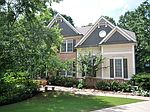 922 Pin Oak Pl, Canton, GA