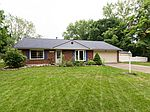 2094 Plantation Trl, Bellbrook, OH
