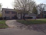1509 Pheasant Run Rd, Harvard, IL