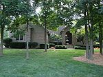 601 Woodview Dr, Whiteland, IN