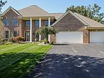 2360 Cascade Lakes Cir SE, Grand Rapids, MI