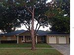 1718 Magnolia Rd, Belleair, FL