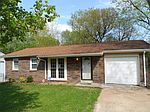 52 Potomac Dr, Fairview Heights, IL