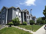8900 S Wood Creek Dr, Oak Creek, WI