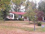 100 Lakeview Dr, Hartford City, IN