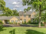 890 Strecker Rd, Chesterfield, MO