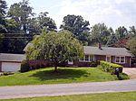 110 Oak St, Stuart, VA