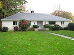 474 Jackson Park Dr, Meadville, PA