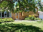 407 N Shepherd Hill Ln, Mchenry, IL