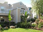 5926 Bixby Village Dr, Long Beach, CA