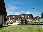 129 Park Meadow Ln, Elyria, OH