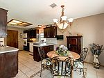 9304 Buttonwood Ave , Moore, OK 73160