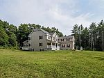392 Pond St, Dunstable, MA