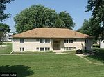 205 Newton Ave NE, Watertown, MN