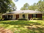 1109 Game Reserve Rd, Columbia, MS