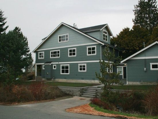 10702 2nd Ave NW, Seattle, WA 98177