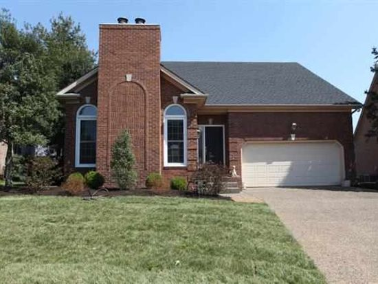 1052 Saint Andrews Cir, Bowling Green, KY 42103
