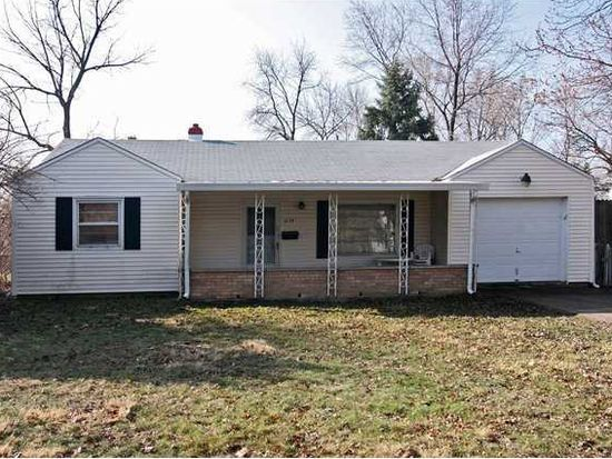 6137 Raleigh Dr, Indianapolis, IN 46219