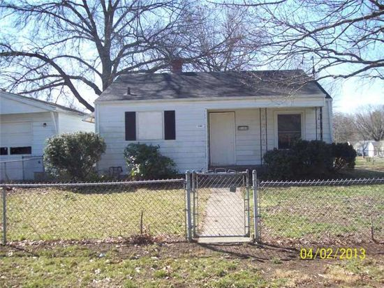 2105 E 69th St, Indianapolis, IN 46220
