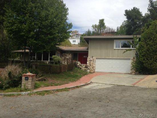 22717 Ia Ln, Woodland Hills, CA 91364