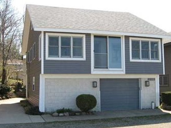 11229 Lakefront Dr, North East, PA 16428