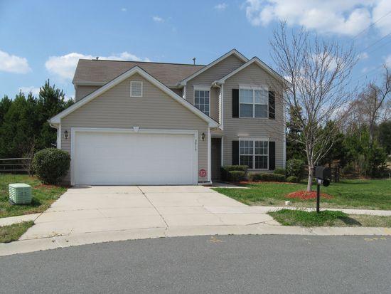 2919 Bridgeville Ln, Charlotte, NC 28262