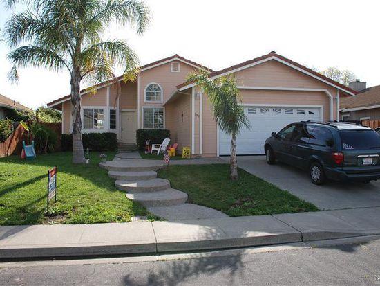 890 Scottsdale Dr, Vacaville, CA 95687