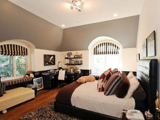 14135 Beresford Rd, Beverly Hills, CA 90210