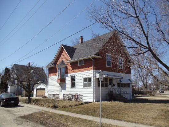 614 Dekalb Ave, Sycamore, IL 60178