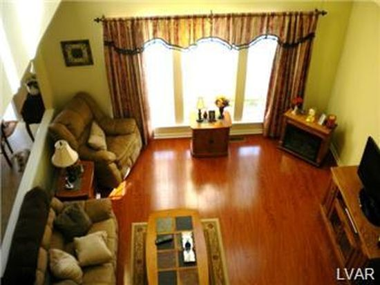 1468 Waterbury Rd, Breinigsville, PA 18031