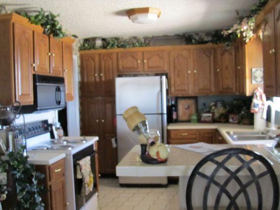 243 Cowboy Ln, Lubbock, TX 79404