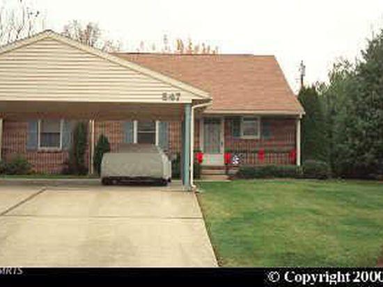 847 Rustic Hill Dr, Chambersburg, PA 17201