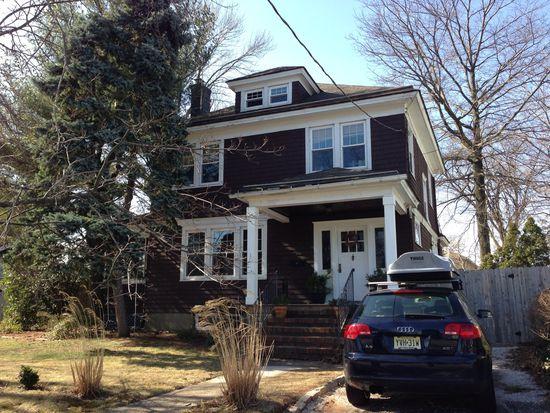 155 Freeman St, Woodbridge, NJ 07095