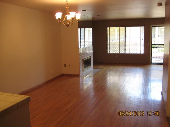 1942 Grace Ave APT 114, Los Angeles, CA 90068