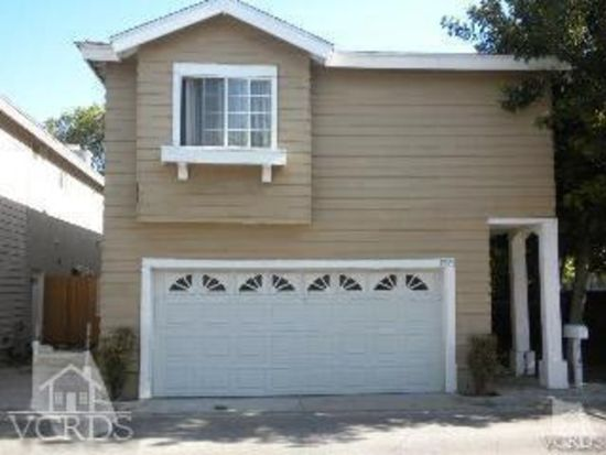 9157 Noble Ave, North Hills, CA 91343