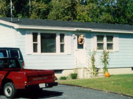 24 Brookside Ave, Morrisonville, NY 12962