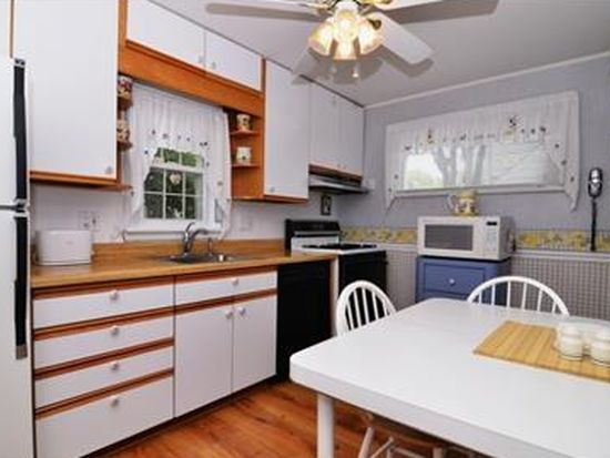 4 Randolph Ave, Mine Hill, NJ 07803