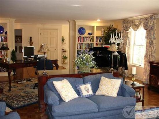 39 Tower Hill Rd APT 15A, Osterville, MA 02655