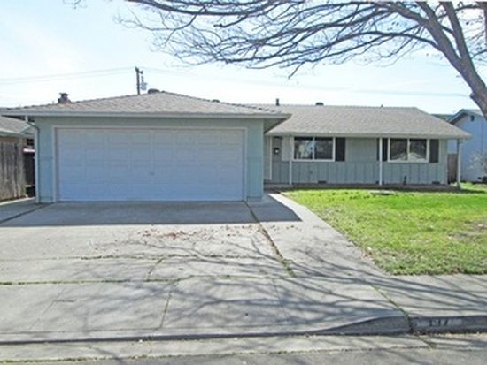 197 Tahoe Dr, Vacaville, CA 95687