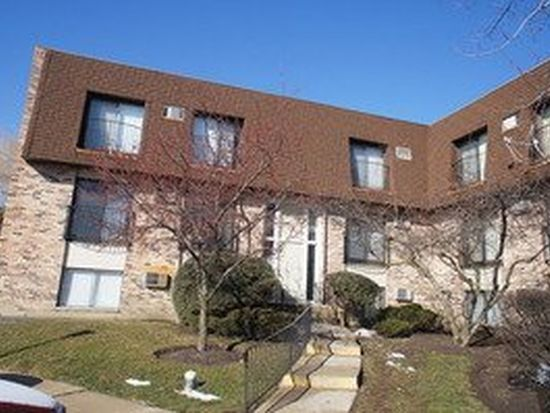 160 S Waters Edge Dr APT 202, Glendale Heights, IL 60139