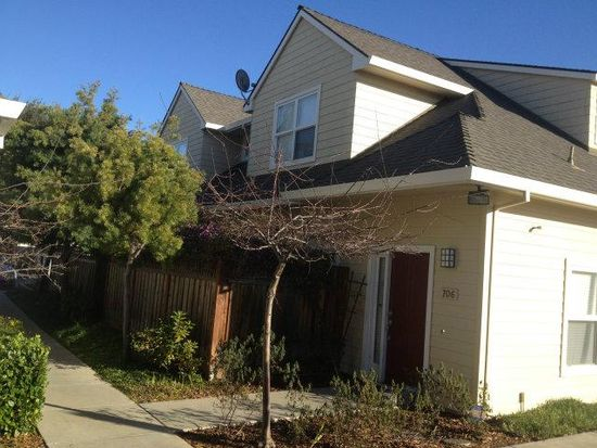 706 Astor Ct, Mountain View, CA 94043