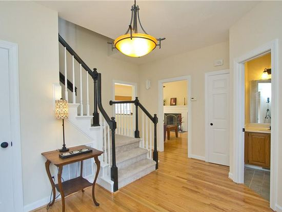 106 S Becket St, Cary, NC 27513