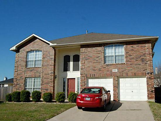 6825 Permian Ln, Fort Worth, TX 76137
