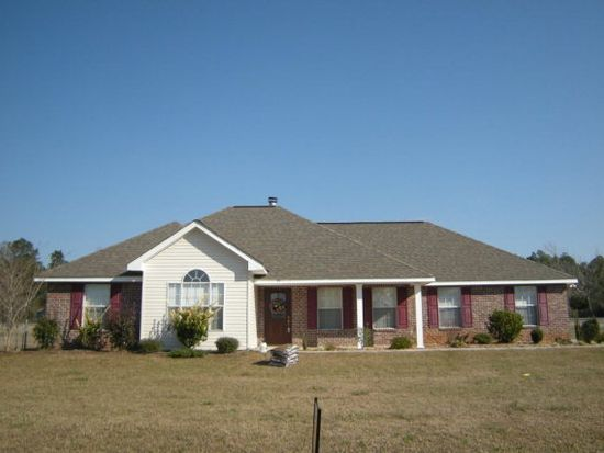 59 Iroquois Dr, Picayune, MS 39466