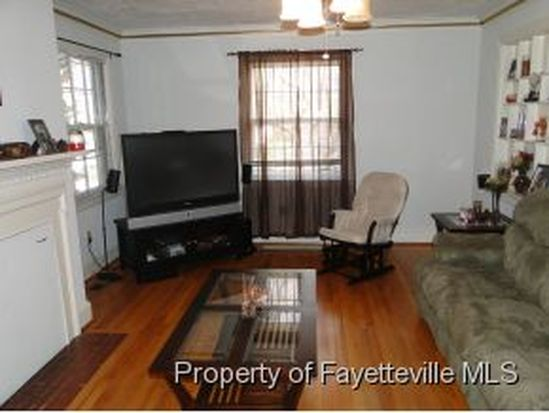 1313 General Lee Ave, Fayetteville, NC 28305