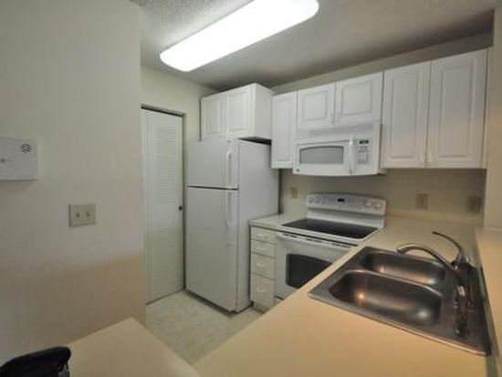 10122 Winsford Oak Blvd APT 414, Tampa, FL 33624