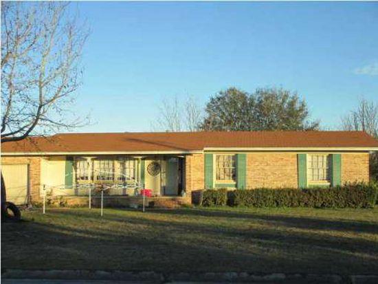 6204 Confederate Dr, Pensacola, FL 32503