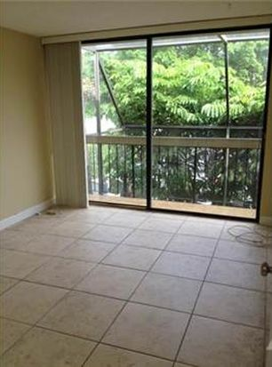 3190 Bird Ave # 15, Coconut Grove, FL 33133