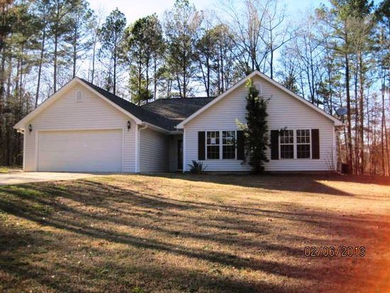158 Oak Leaf Cir, Eatonton, GA 31024