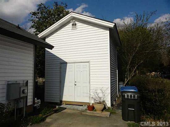 9433 Stately Oak Ln, Mint Hill, NC 28227